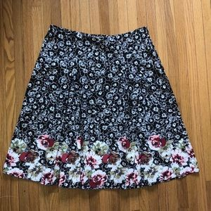 Christopher & Banks Pleated Floral Flair Skirt 8